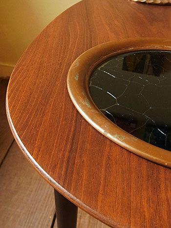 side table_c0139773_16402925.jpg