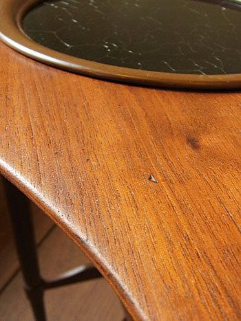 side table_c0139773_16403768.jpg