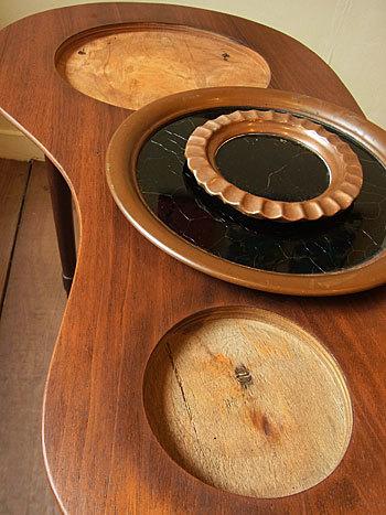 side table_c0139773_16411316.jpg
