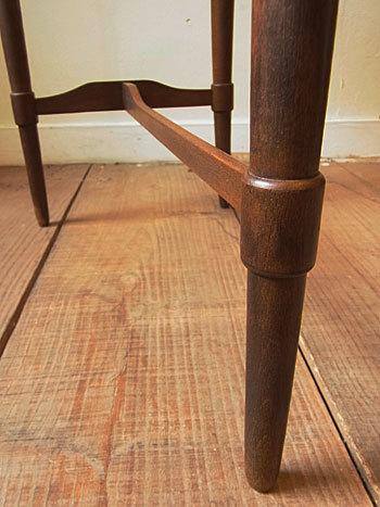 side table_c0139773_16412953.jpg