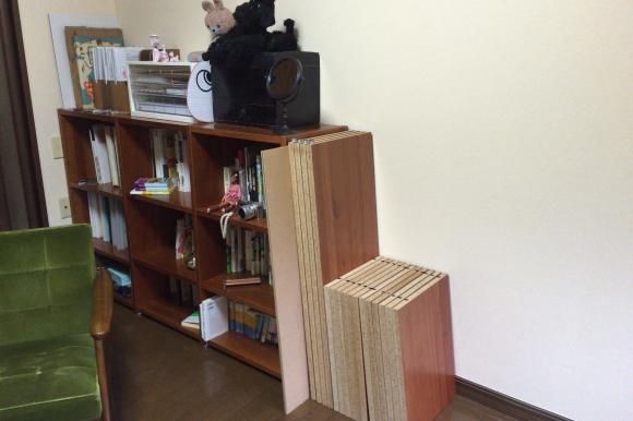 クレアWEB連載エッセイ「松尾たいこの三拠点ミニマルライフ」:本棚、自転車、ファンヒーターも処分  「いつか使うかも」で残すのはやめました_d0339885_21195476.jpg