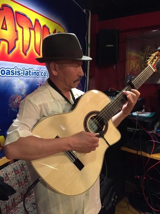 南風   #キューバ #アコースティック #神奈川 #横浜 #ギター #中南米料理 #サルサ #ソン #ボレロ #トローバ_a0103940_19195607.jpg