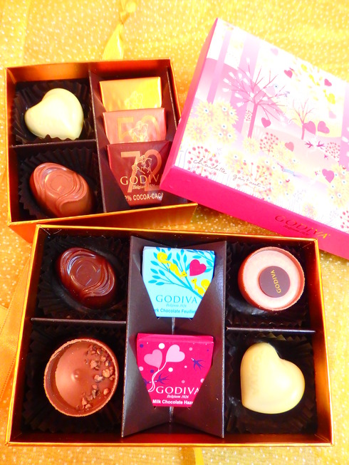 Happy Valentine*s Day*のティータイム♡Petit fours frais ♡Pierre Hermé Paris New Otani *† ♡   _a0053662_14543028.jpg