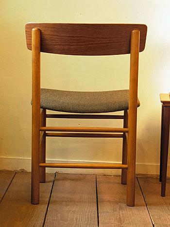 chair_c0139773_16433673.jpg