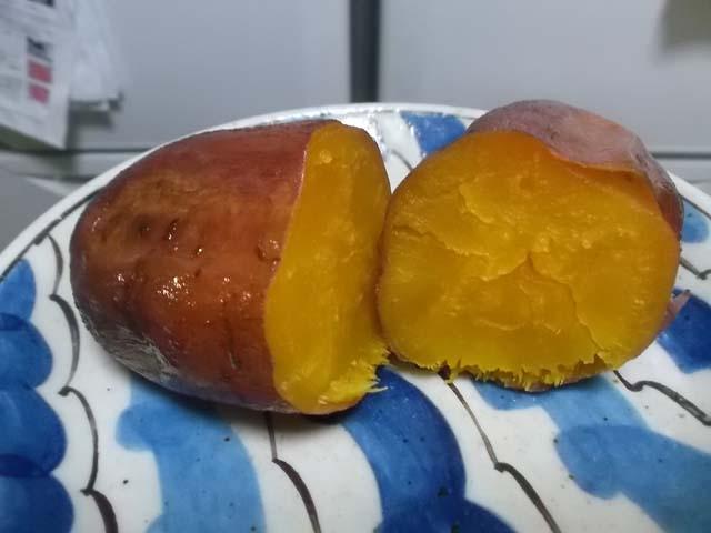 糖蜜芋の焼きいも_f0019498_7205455.jpg