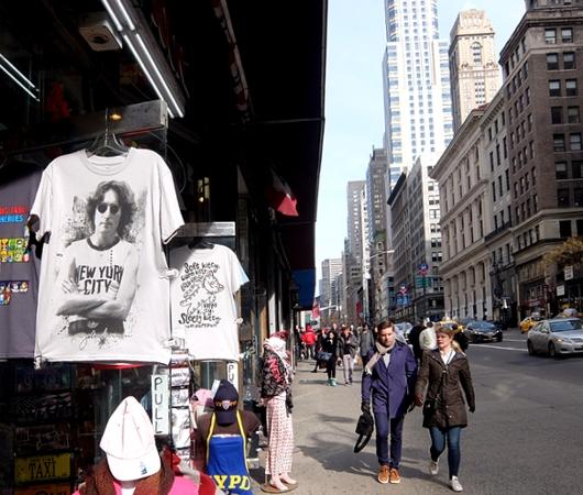 NYミッドタウン、42~34丁目間の5番街沿いの風景_b0007805_21232211.jpg