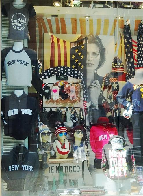 NYミッドタウン、42~34丁目間の5番街沿いの風景_b0007805_21242399.jpg