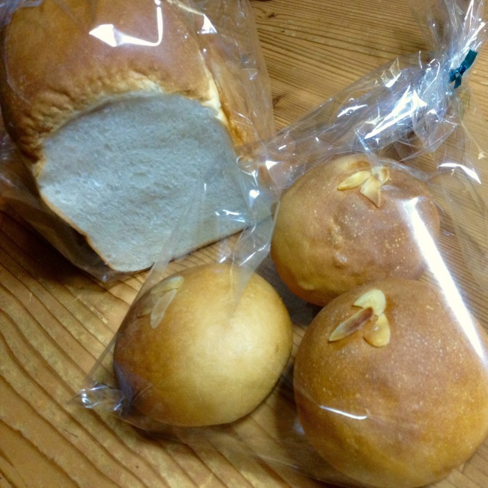 米粉パンの予約販売_b0057979_14561810.jpg