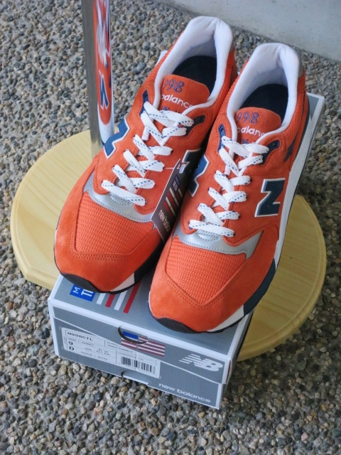 遂に入荷です(^^♪ newbalance ・・・ M 1400 (MADE IN USA) GRAY NUBAK LEATHER!★!_d0152280_20571747.jpg