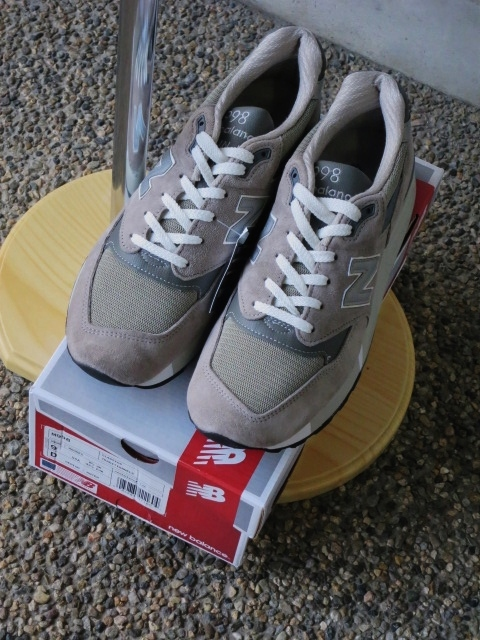 遂に入荷です(^^♪ newbalance ・・・ M 1400 (MADE IN USA) GRAY NUBAK LEATHER!★!_d0152280_2192470.jpg