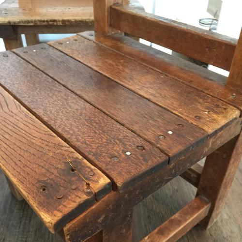 幼稚園椅子_f0212293_17072629.jpg