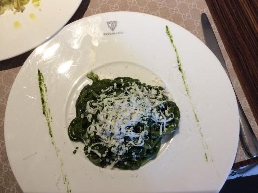 イタリアならGucci_b0210699_09333564.jpg