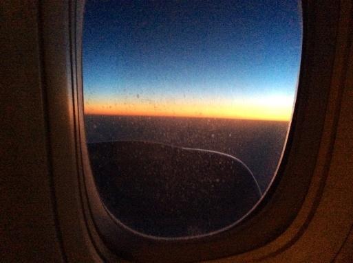 アリタリアの機内で…_b0210699_11230848.jpg