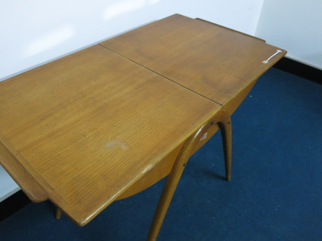 """Cor Alons Sewing Table #FAIR\""ってこんなこと。_c0140560_9304479.jpg"