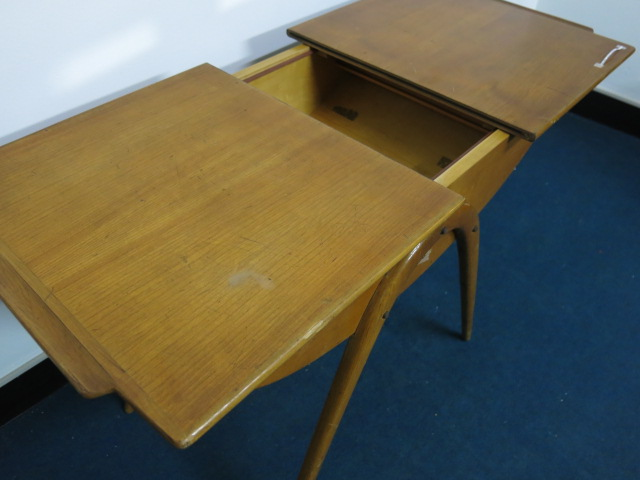 """Cor Alons Sewing Table #FAIR\""ってこんなこと。_c0140560_9305494.jpg"
