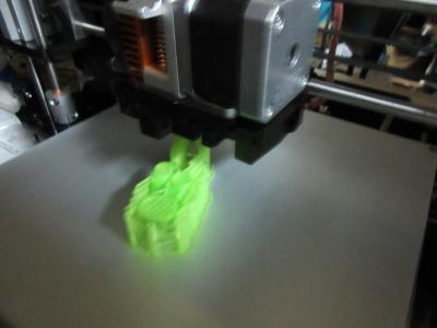 3Dプリンタのベッドに貼るシートの話_a0027275_23284942.jpg