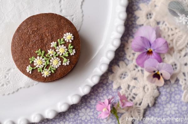友チョコに、春の花のアイシングチョコレートクッキーサンド Homemade Icyng Cookie Sandwiches_d0025294_1612532.jpg