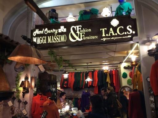 イタリア土産…トスカーナcasentinoのジャケット_b0210699_23034347.jpg