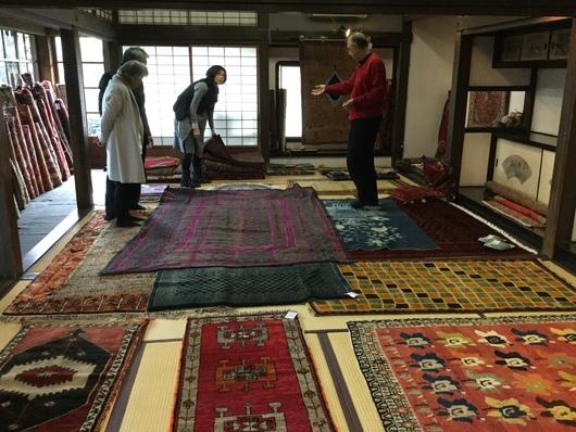 モハンさんの絨毯展_c0256701_9381853.jpg