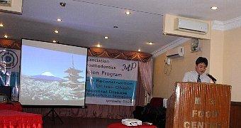 ヤンゴン(ミャンマー)で講演_e0279107_19035051.jpg