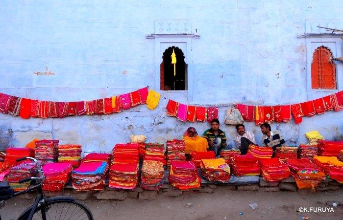 インド・ラジャスタンの旅 8  サダル・バザール_a0092659_10353673.jpg