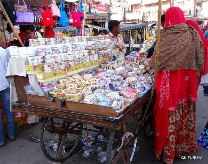 インド・ラジャスタンの旅 8  サダル・バザール_a0092659_10383523.jpg
