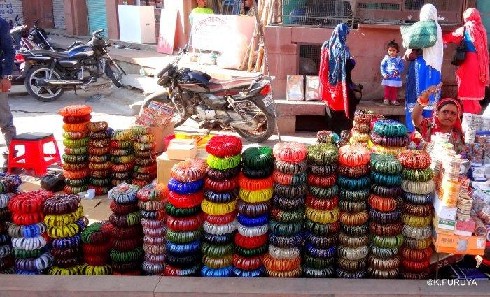 インド・ラジャスタンの旅 8  サダル・バザール_a0092659_10450695.jpg