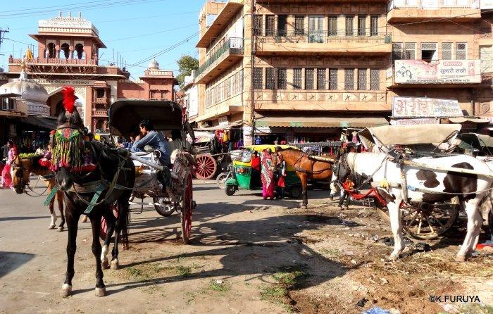 インド・ラジャスタンの旅 8  サダル・バザール_a0092659_10463222.jpg