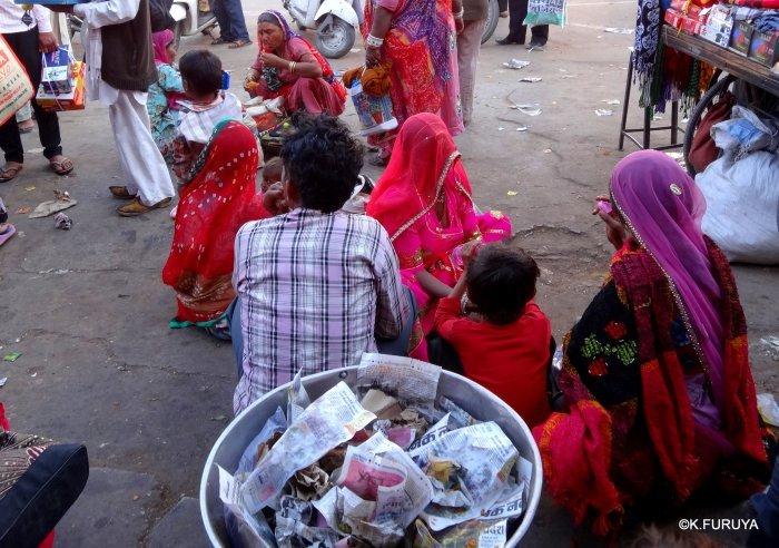インド・ラジャスタンの旅 8  サダル・バザール_a0092659_10492578.jpg