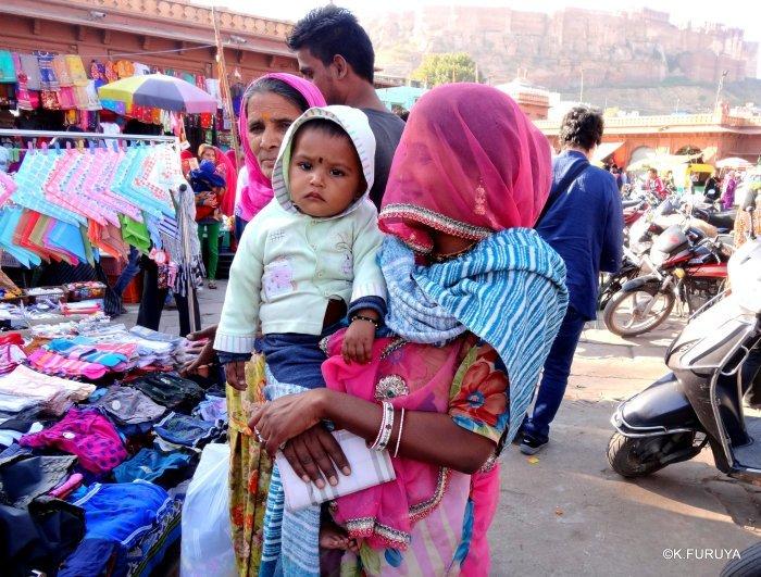 インド・ラジャスタンの旅 8  サダル・バザール_a0092659_10512885.jpg
