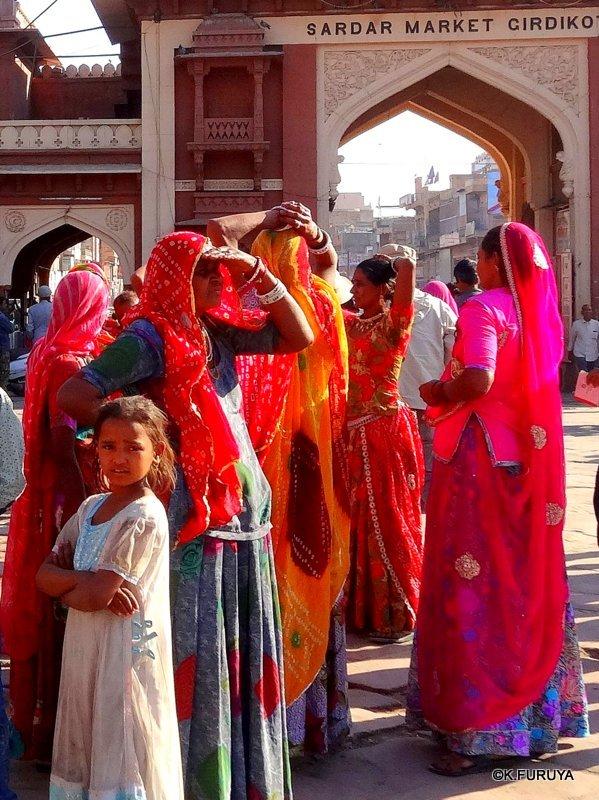 インド・ラジャスタンの旅 8  サダル・バザール_a0092659_10571421.jpg