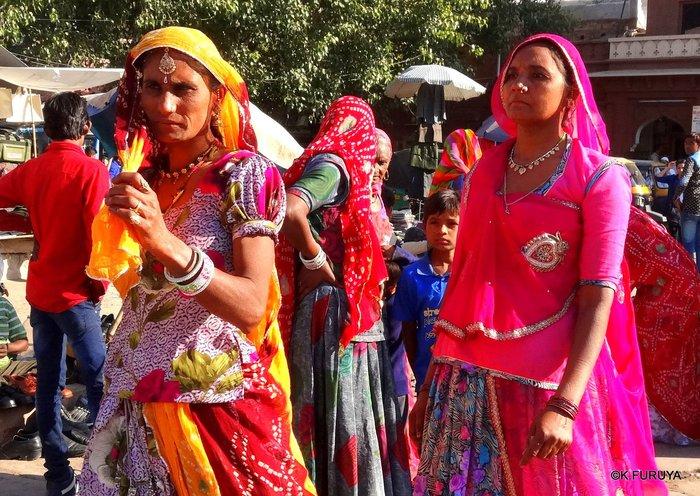 インド・ラジャスタンの旅 8  サダル・バザール_a0092659_15283592.jpg