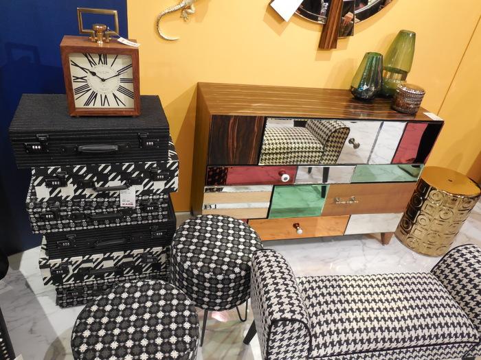 KARE 雑貨家具店 オープン_d0229567_19315311.jpg