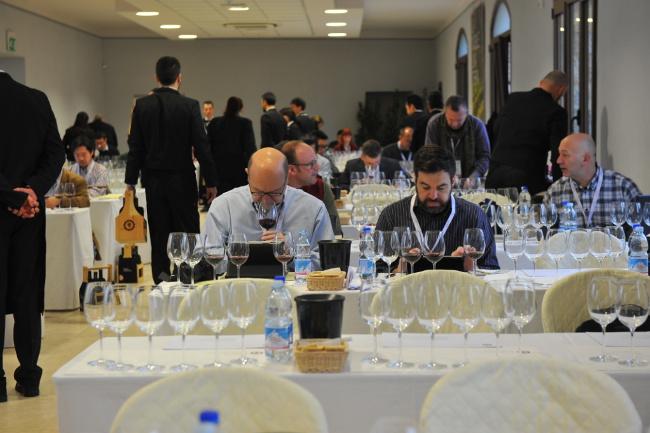 本日、2015年のモンテプルチャーノのワイン評価が発表されました。_a0136671_1192470.jpg