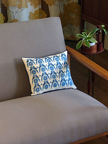 cushion_c0139773_17153333.jpg