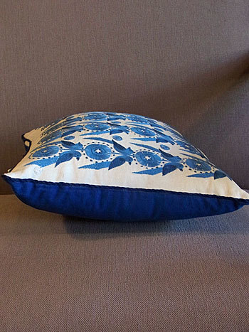 cushion_c0139773_17160971.jpg