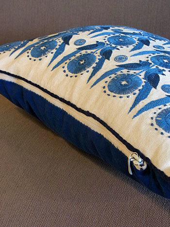 cushion_c0139773_17162311.jpg