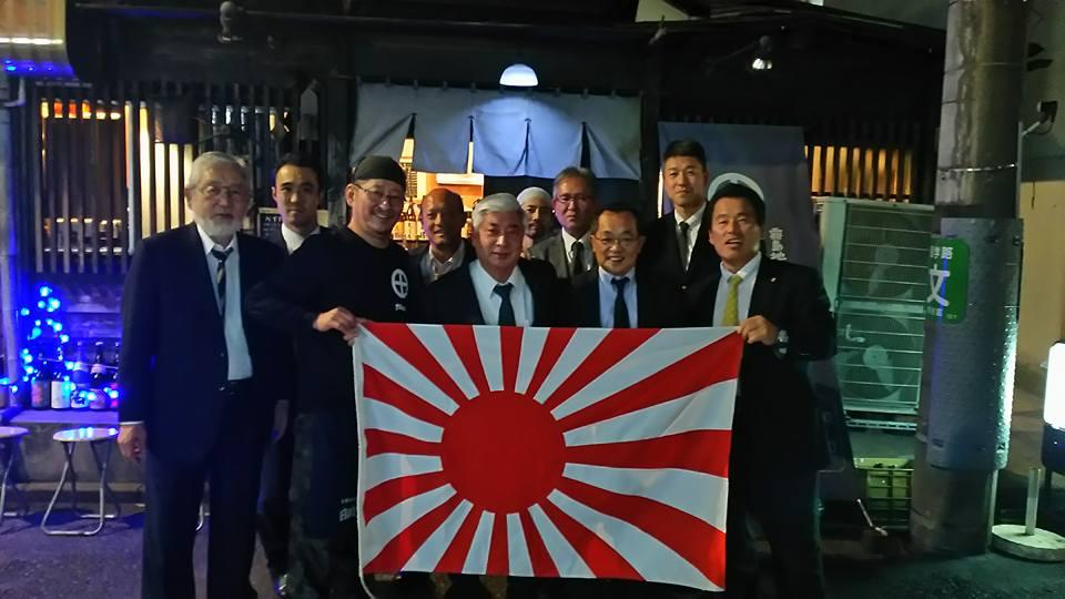 我々大切な仲間、柳憲ちゃんが土佐活魚料理「柳憲」を移転大オープン。_c0186691_1334184.jpg