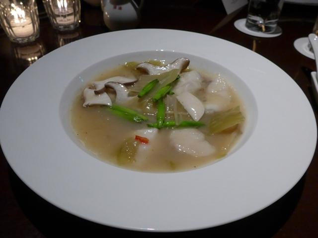 白金台「中華料理 四川」へ行く。_f0232060_23145948.jpg