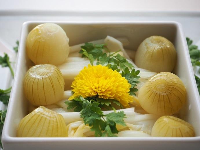 白菜と玉葱の甘酢漬け_e0148373_22501075.jpg