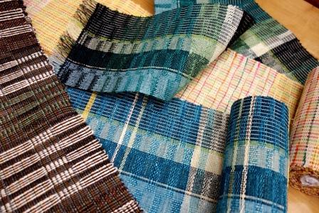 半巾帯もコツコツと・・・織りためております。_f0177373_18522554.jpg
