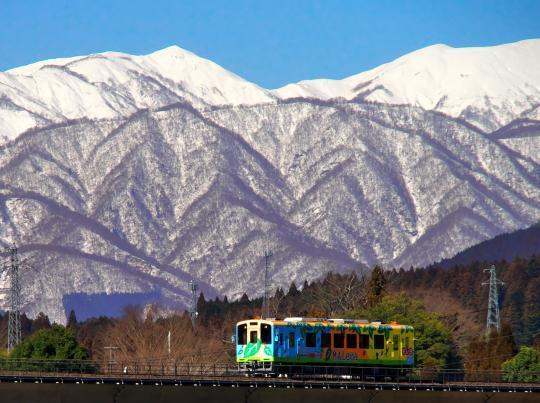 雪景色の樽見鉄道_f0266284_20162480.jpg