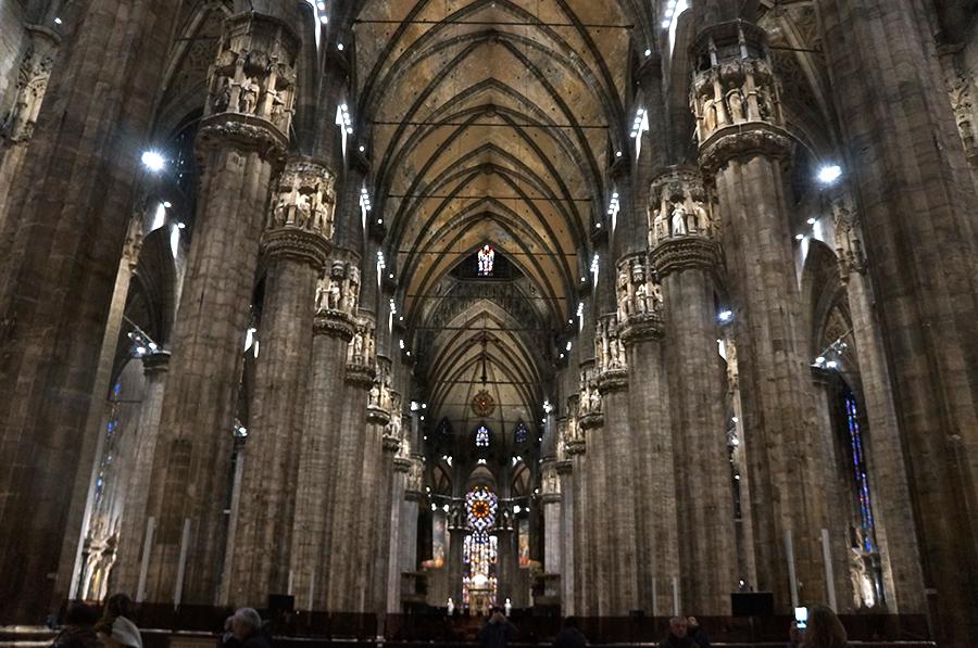 ミラノの大聖堂_f0106597_05155198.jpg