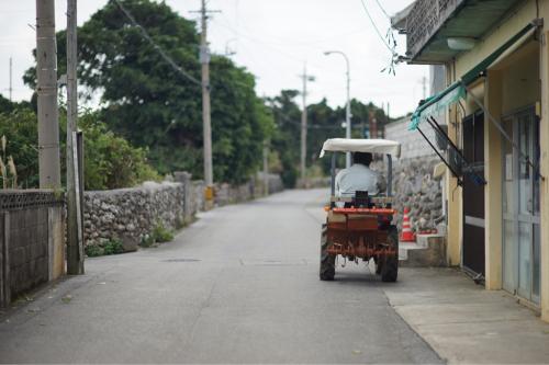 海界の村を歩く 東シナ海 粟国島(沖縄県)_d0147406_18041379.jpg