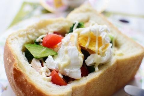 ふわふわパンにいっぱいの野菜たち_f0318142_15234218.jpg