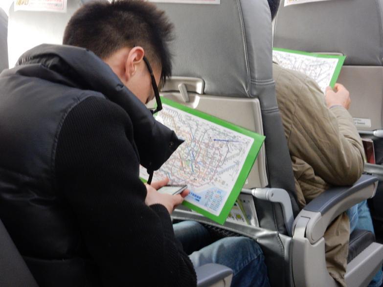 今年も中国客は来るぞ。そう実感させたSJ重慶・成田線で見たツアー客の一部始終_b0235153_16221992.jpg