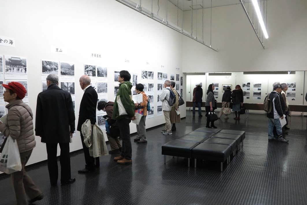 好評開催中!「今昔写真展『鎌倉を見つめた写真家たち』」_c0014967_8432982.jpg