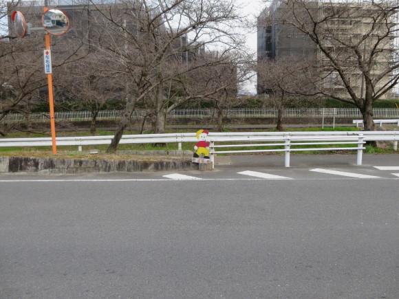 奈良四条大路の飛び出し坊や群②_c0001670_17191104.jpg