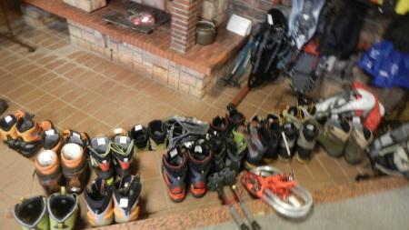 いっぱいの登山靴_e0120896_10365035.jpg