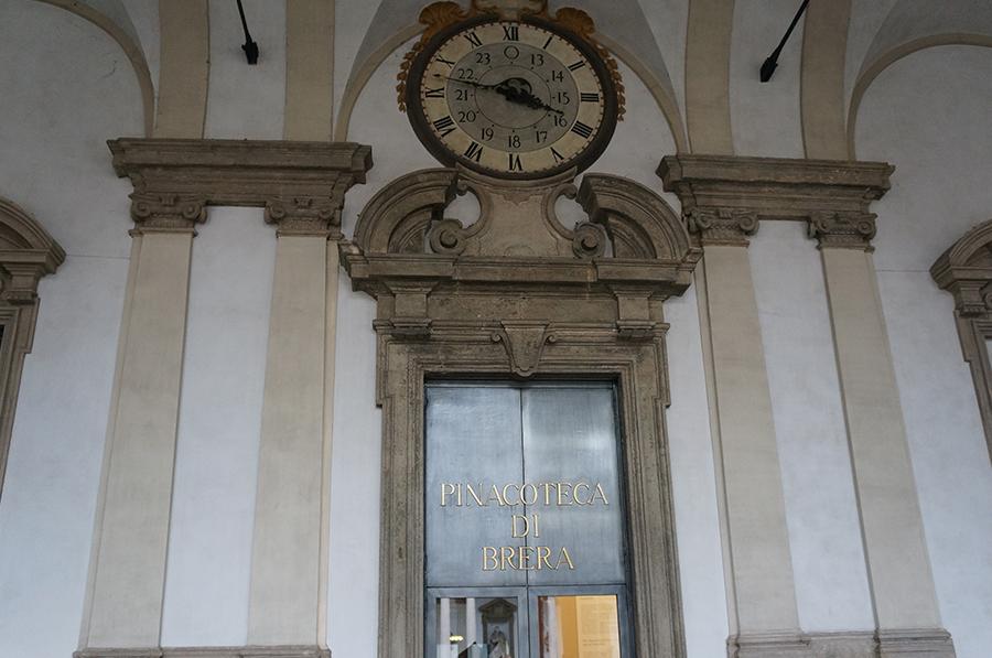 ミラノで絵画とお菓子を堪能_f0106597_06582426.jpg